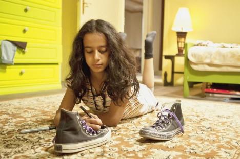 Waad Mohammed gjør en strålende innsats som Wadjda i «Den grønne sykkelen».