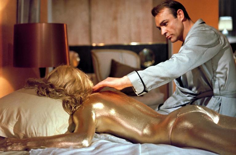 Goldfinger-Golden-girl-Nolan
