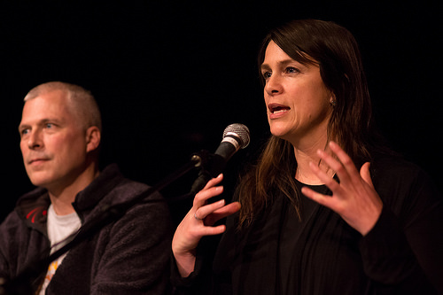 Tonje Hessen Schei er regissør av DRONE, og snakker her om filmen på Oslo Dokumentarkino i oktober ifjor. Foto: Monica Løvdahl.