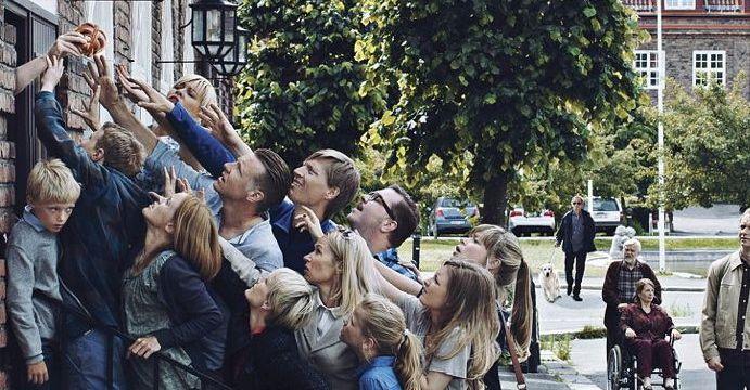 """""""Kampen for tilværelsen"""" er en av de fire nominerte til Gullruten for beste tv-drama, og hadde flest nominasjoner (fem) til Fagprisene."""