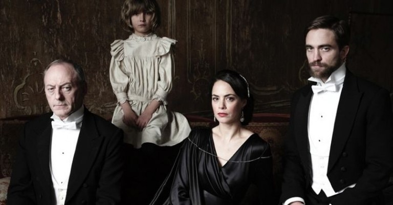 Mona Fastvold til Venezia med «The Childhood of a Leader»