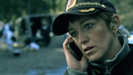 Anneke von der Lippe i rollen som lensmann Helen Sikkeland. (Foto: NRK)