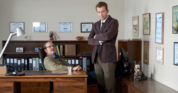 Peter Stormare og Kyrre Hellum som politietterforskere i «Black Widows».