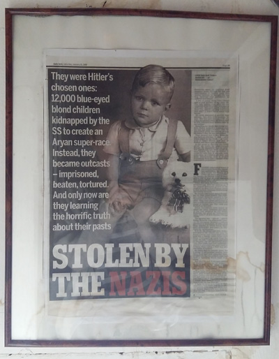 Fra Daily Mail, 2009, «Stolen by the Nazis».