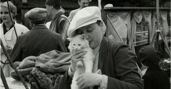 Var Alfhild Hovdan Norges første kvinnelige filmregissør?