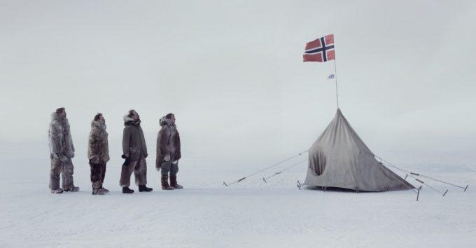 Amundsen passerer Sonja mot kinotoppen