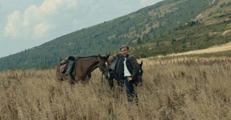 """Sølvbjørn til """"Ut og stjæle hester"""" for beste foto"""