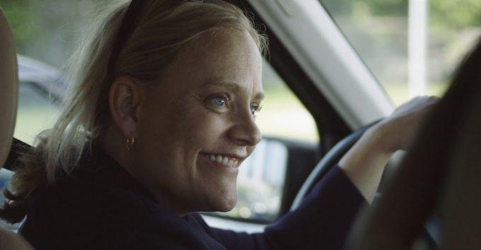 Steenstrup «hyller omsorgspersoner» i ny dramakomedie