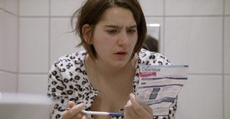 Sofia Haugan med hybridfilm om graviditet under pandemi